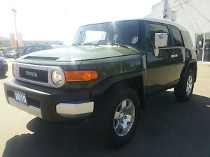 2010 Toyota FJ Cruiser 4x4! AUTO! CAPABLE 4x4 !