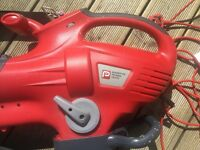 Leaf blower/Vacuum with removable sweeper attachment