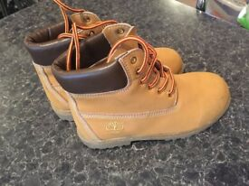 BABY TIMBERLAND AS NEW!!!! SIZE 31 ONLY £15!!!!SIZE 31