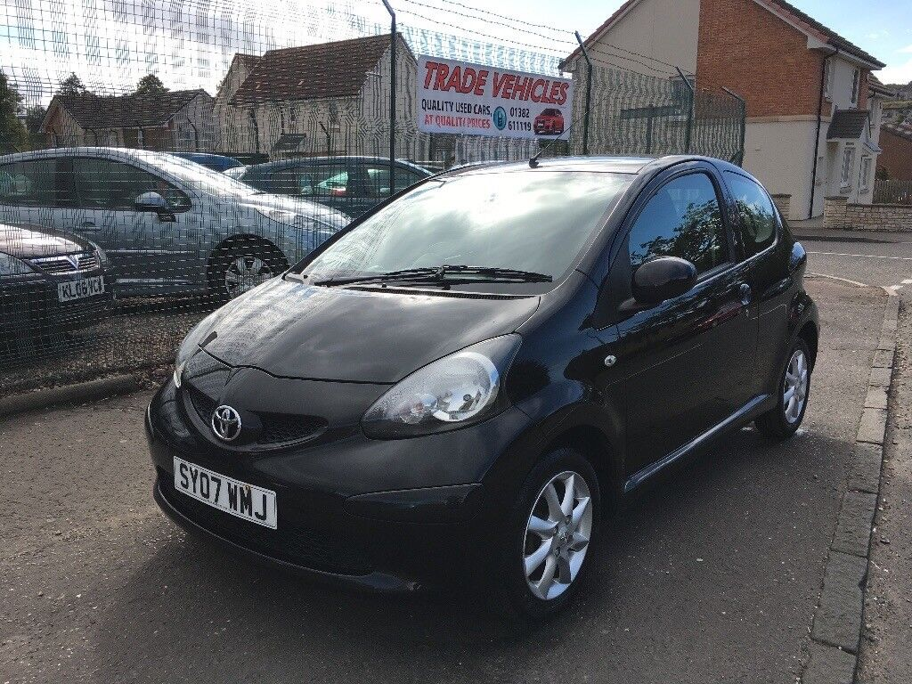 2007 toyota aygo black vvt i excellent condition in dundee gumtree. Black Bedroom Furniture Sets. Home Design Ideas