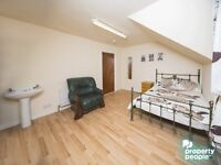 DOUBLE ROOMS TO RENT ON THE ORMEAU ROAD!! 10% OFF FIRST MONTHS RENT!!