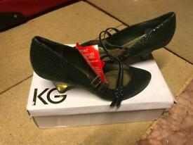 Ladies shoes brand new