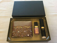 Lovely No 7 Boxed Gift Set: Make-up Bag, Ultimate Nail Colour & Body Glimmer Brush***NEW***