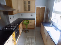 Beautiful 3 Bed House Close to Icknield High School and Colleges - Available Now - No DSS
