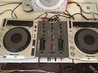 Pioneer CDJ 800 mk2 pair Plus Allen & Heath Xone 22 mixer