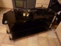 Lovely TV Table/ Stand
