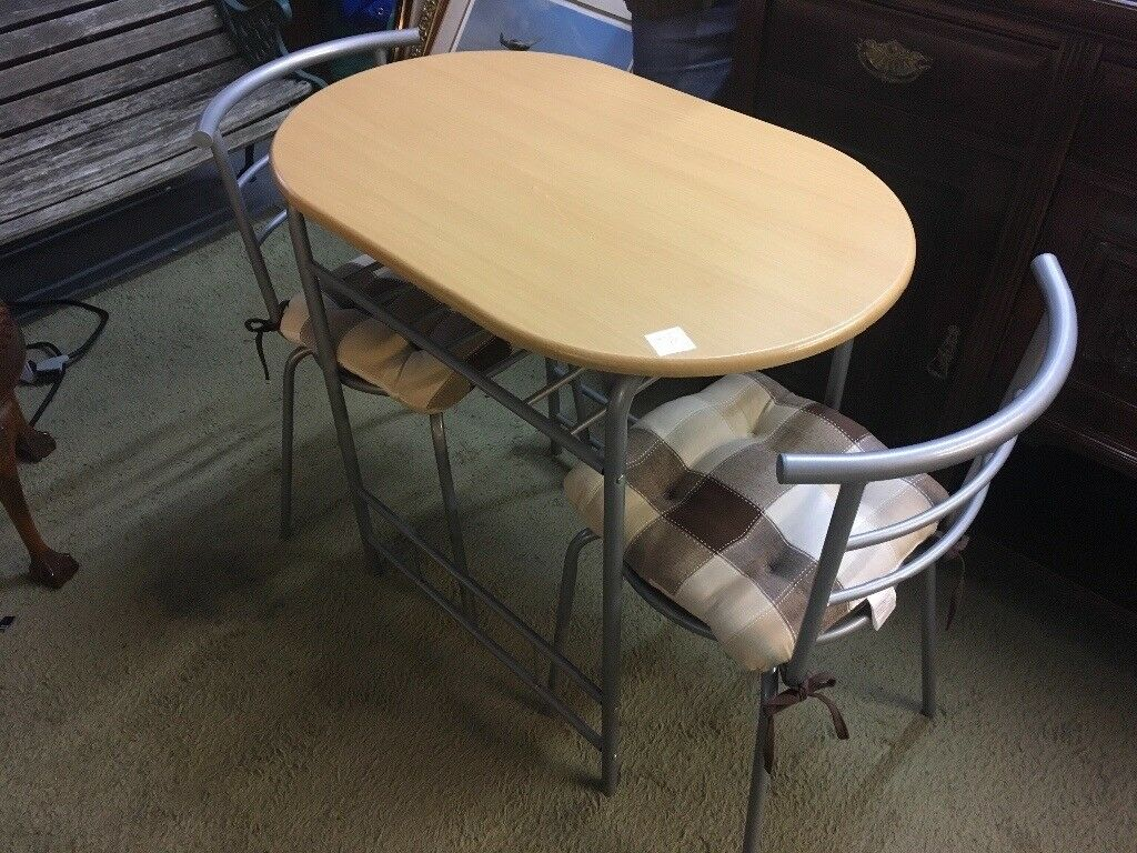 SMALL TABLE AND 2 CHAIRS (DELIVERY AVAILABLE)