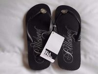 Brand new Billabong flipflops size 4 - with tags from Australia