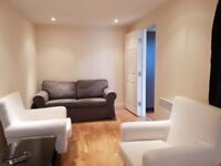 Modern one bedroom L-Shaped flat on its own conveniently located in Brent Cross to rent