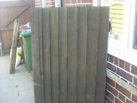 Solid wood side gate 152 cm high x 91 cm wide VGC