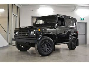 1995 Land Rover Defender *Restauré + Navigation + All Black*
