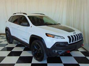 2016 Jeep Cherokee Trailhawk 4X4 * Backup CAM * Heated Seats * L
