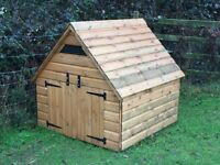 Duck / Chicken House (Nearly new)