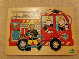 Wooden Peg Jigsaws Educational Toys