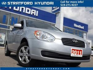 2011 Hyundai Accent GL | AUTO | CRUISE | A/C | GAS SAVER! |