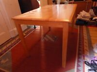 Small kitchen table / Large desk