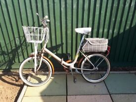 Bike Philips Shopper, 3 speed, front basket carrier and rear bag, good condition