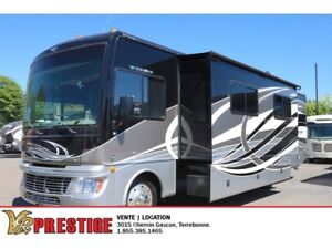 2015 Fleetwood Bounder 35K Frigo Double, Foyer et plus!