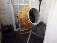 Nearly new Cement mixer for sale 90 litres