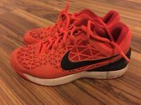 Junior size 5 (eur 38) tennis / sports shoes