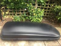 VW Touran roof box and bars excellent condition