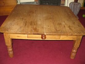 Victorian Solid Pine Large Farmhouse Coffee Table