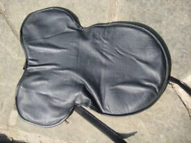 Horse Riding Equipment - Gel Seat Pad for rider