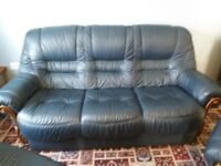 3 seater sofa & 2 armchairs