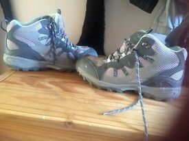 Regatta walking boots uk5