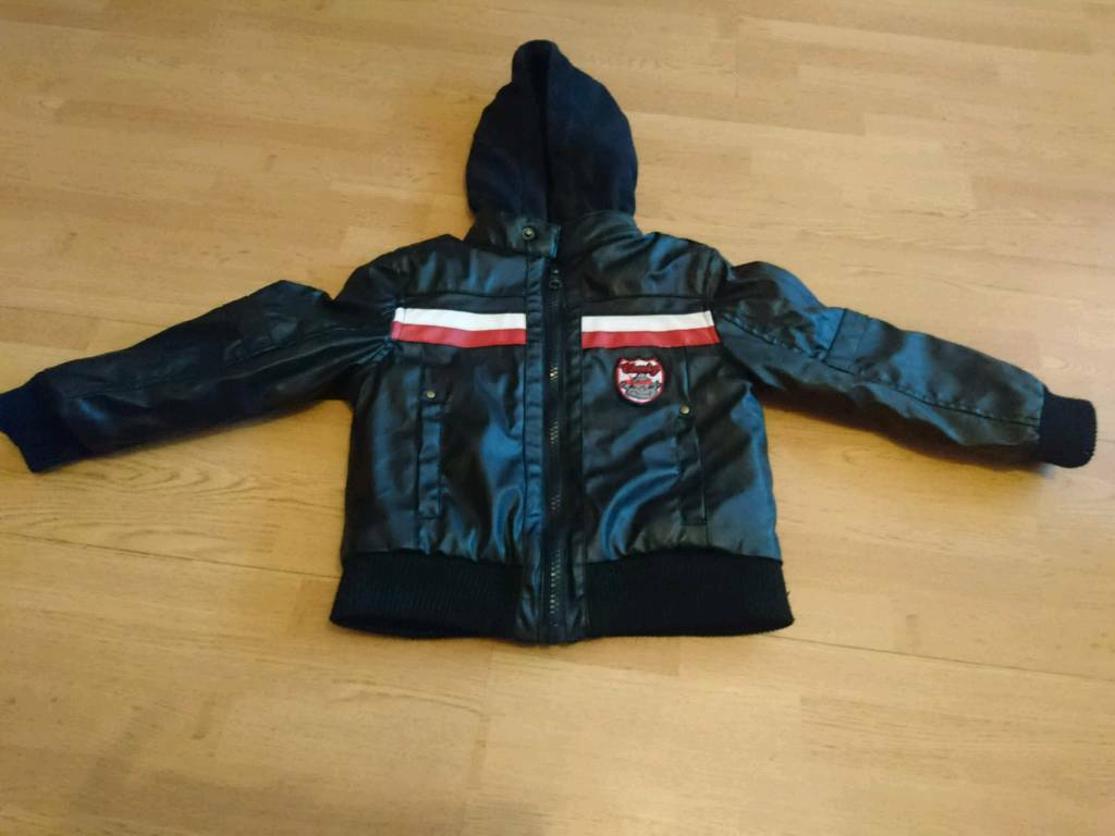 Leather jacket age 3 4 yearsin Gilmerton, EdinburghGumtree - Leather jacket age 3 4 years pick up only Im in Loanhead near where ikea Straiton is a 5 min drive away from Gilmerton will not answer private numbers and not holding