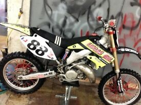 Honda cr 125 r motorcross