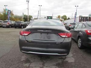 2016 Chrysler 200 Limited | ONE OWNER | HEATED SEATS | SAT RADIO London Ontario image 6