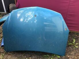 Sell bonnet Vauxhall Astra 2004-2008 good condition price 40£