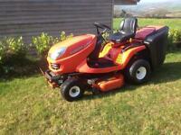 Kubota GR1600 ride on lawn mower