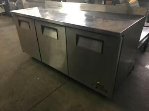 72 true prep table fridge for only $1495! Like new ! Shipping anywhere in Canada, only one available