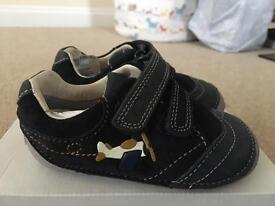 New Clarks boys first shoes 4 1/2 H