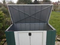 4 x 2 Metal Storette. New. Flatpack. PICK UP TODAY.