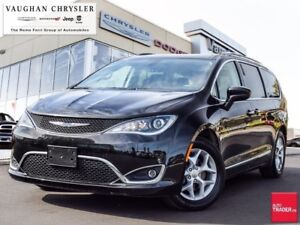 2018 Chrysler Pacifica Touring-L Plus* Panoramic Sunroof *Dual D