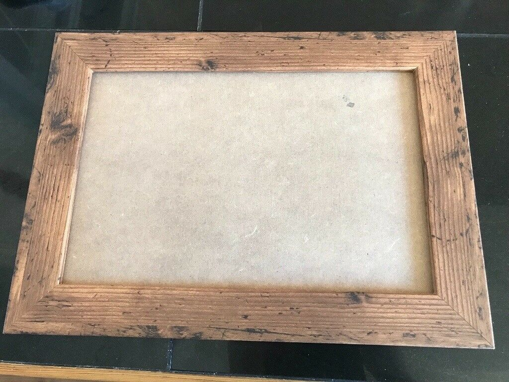12 X 8 Inch Rustic Wooden Picture Frame Without Glass Excellent