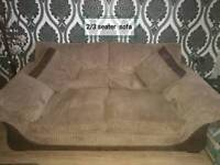 2x sofas