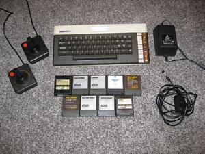 ATARI 600 XL SYSTEM + TOP CLASSICS MS MAC MAN JUNGLE HUNT DONKEY KONG PENGO MILLIPEDE + MORE!