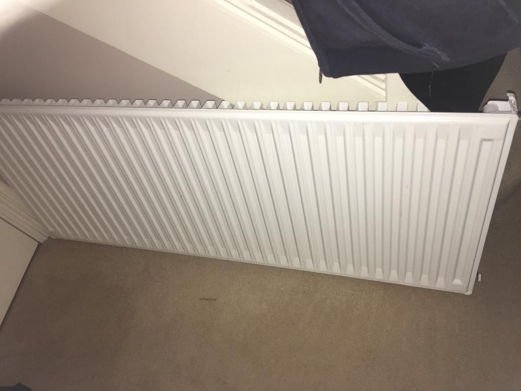 White radiator 1200x500