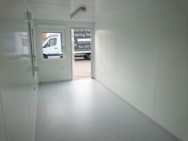 Shop units to let from £250/month(bills included)busy Garden Centre, No deposit, Crews Hill Enfield