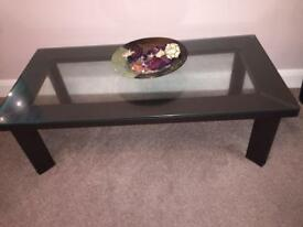 Glass rectangle table