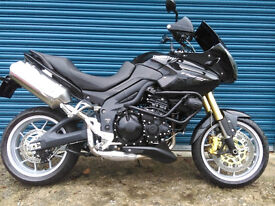 Triumph Tiger 1050 2011 only 8000 miles Black