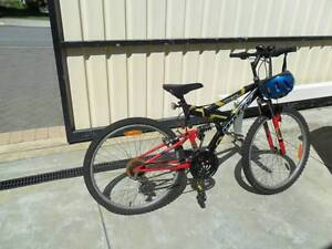 HUFFY ROADSTER 15 SPEED CYCLE ALL IN GOOD CONDITION Balcatta Stirling Area Preview