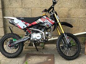M2R 125cc BIG WHEEL PIT BIKE FOR SALE £600 ONO
