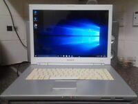 Window's 10 , Free Delivery , Sony Vaio laptop