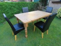 Pine table 5ft x 3ft . well used but super family table
