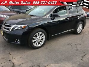 2013 Toyota Venza Automatic, Leather, Back Up Camera, AWD